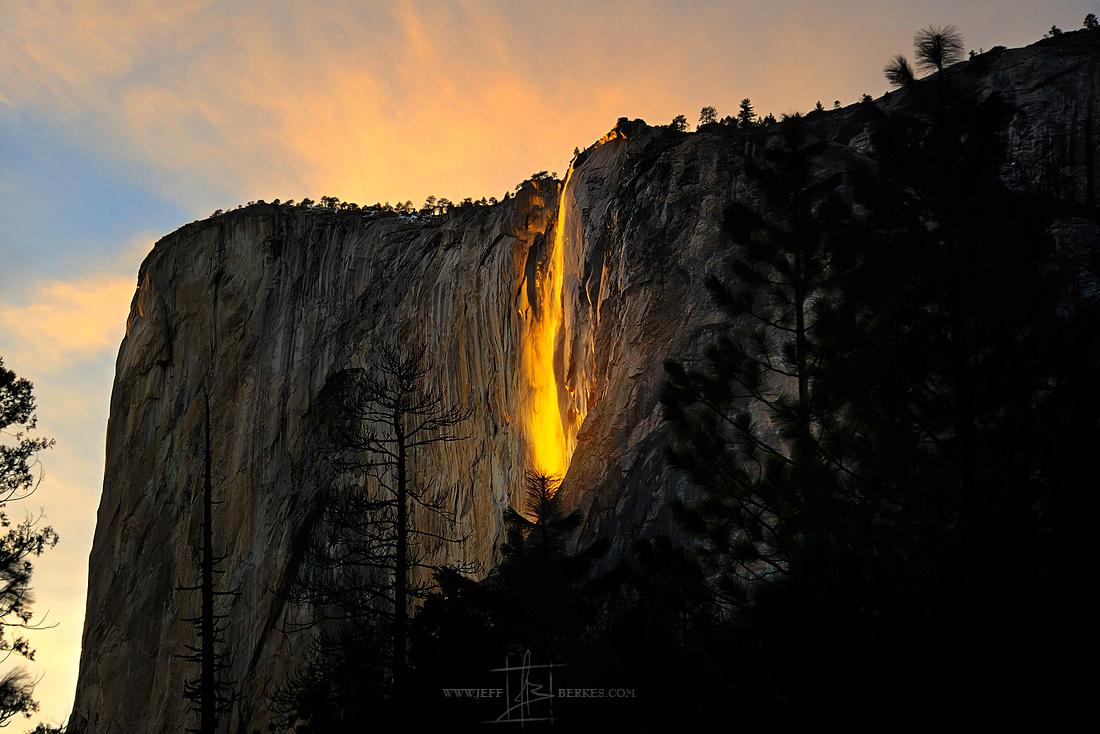 FIRE FALLS | YOSEMITE