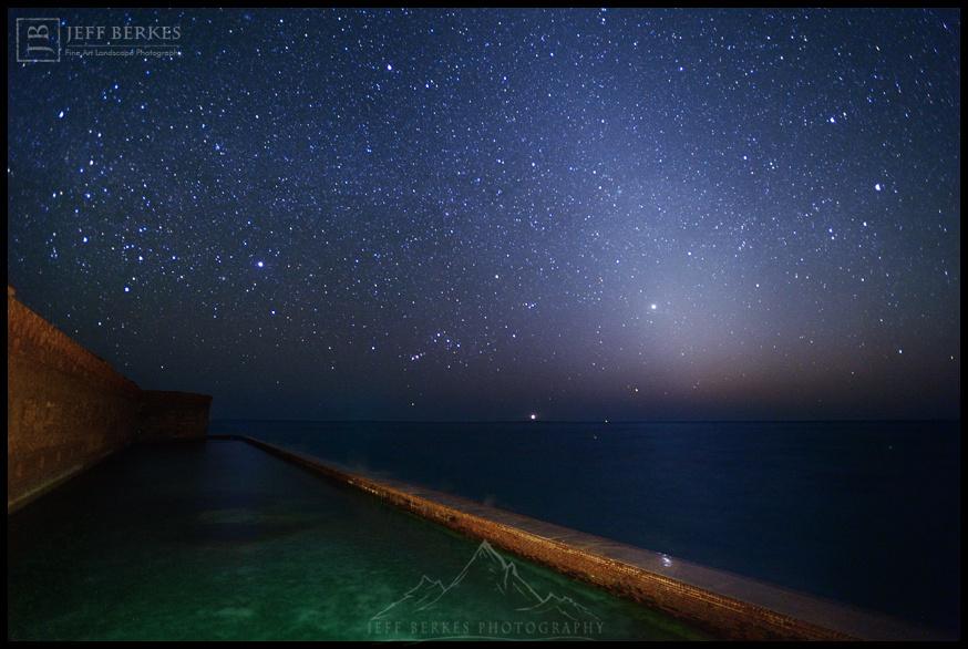 ZODIACAL ISLAND LIGHT