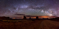 MONUMENT VALLEY | MILKY WAY RAINBOW